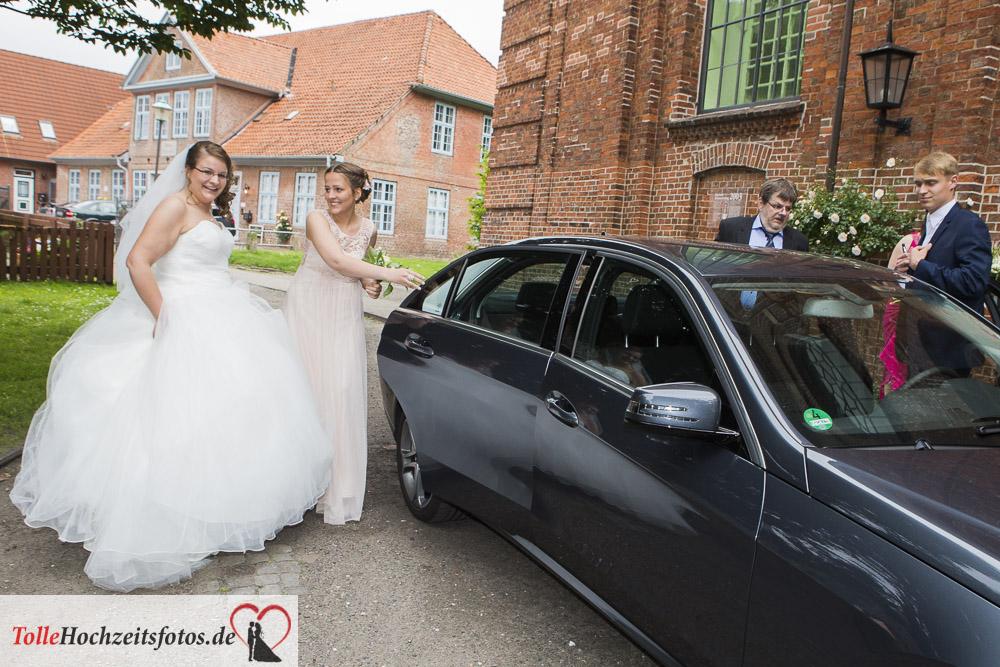 Die Braut bei der Ankunft