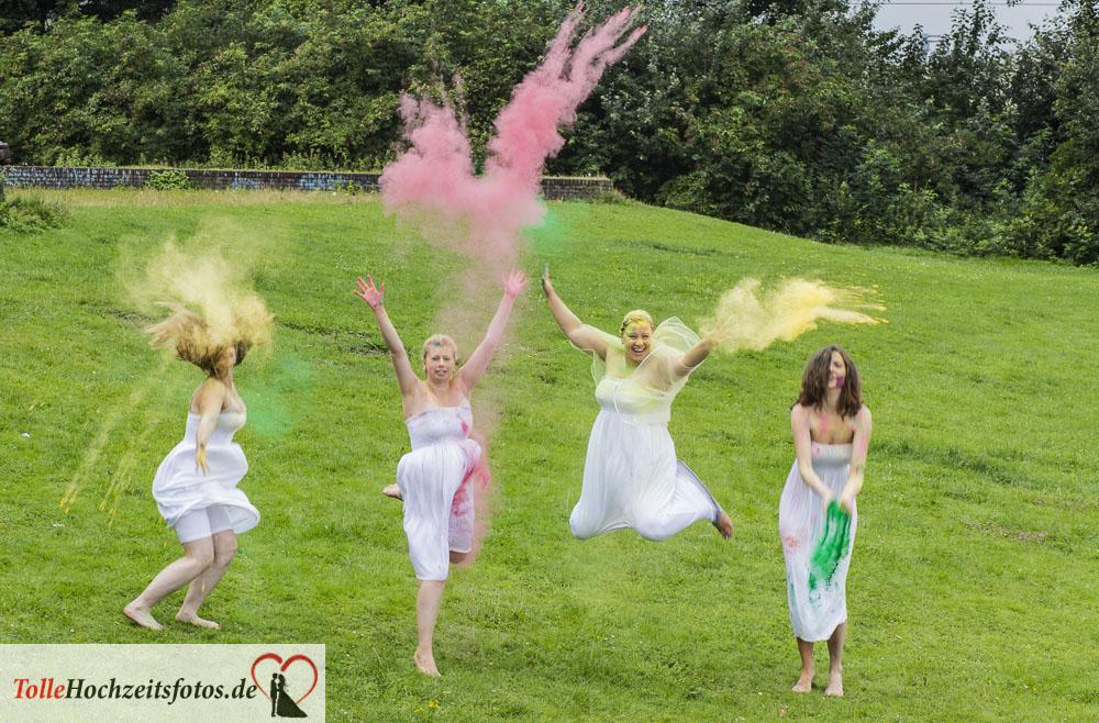 Junggesellinnenparty_Holi_farben_Tolle_Hochzeitsfotos15