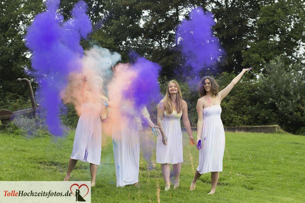 Junggesellinnenparty_Holi_farben_Tolle_Hochzeitsfotos16
