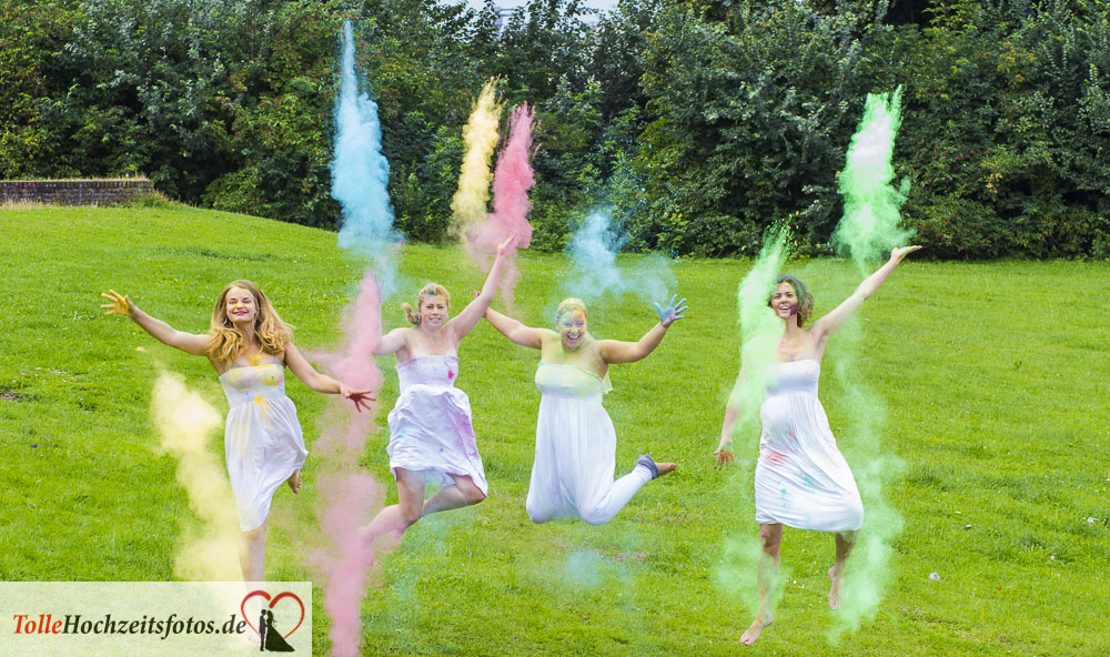 Junggesellinnenparty Holi-Fotoshooting